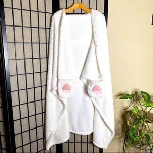 🌹 La Vie En Rose Plush Cat Hooded Cape & Buttons